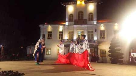 گزارش تصویری تئاتر « منم حر » در پیاده راه فرهنگی رشت