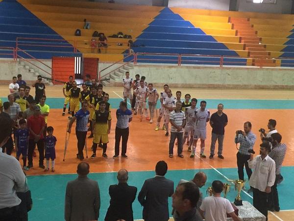 کسب مقام اولی تیم کارکنان فوتسال شهرداری رشت در مسابقات فوتسال استان گیلان